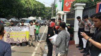 Persatuan Aktivis Hukum Jakarta Menggugat Unjuk Rasa Depan DPP PDI Perjuangan Minta Usut Tuntas OTT Wahyu Setiawan