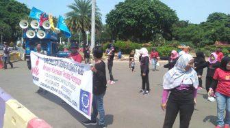 Gabungan Serikat Buruh Indonesia Unjuk Rasa Depan Istana Tolak Omnibus Law