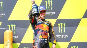Pebalap Red Bull KTM Factory Racing Brad Binder Raih Kemenangan Pertama di MotoGP Ceko 2020