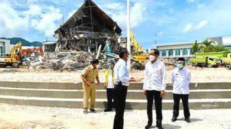 Tiba di Mamuju, Presiden Tinjau Kantor Gubernur Sulawesi Barat Terdampak Gempa